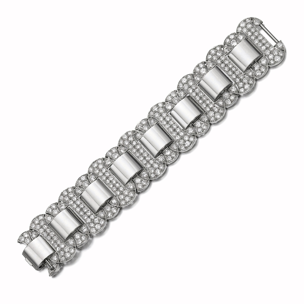 Important 1930's diamond bracelet by Raymond Templier sold at Sotheby's Magnificent Jewels and Noble Jewels Geneva Auction on November 12, 2014. (photo courtesy of Sotheby's)