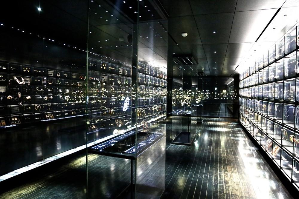 Musee-Des-Arts-Decoratifs-Jewelry-gallery-courtesy-Casey-Hatfield-Chiotti-1024x683.jpg