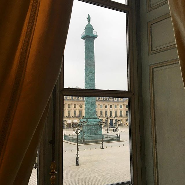 This view, from inside the private historic rooms of Chaumet, is magical. I get lost imagining all of the people that have gazed through this window before me and who might stand here next. So much history in one little spot. #placevendome #paris #chaumet  #chasingbijoux #historical #jewelry