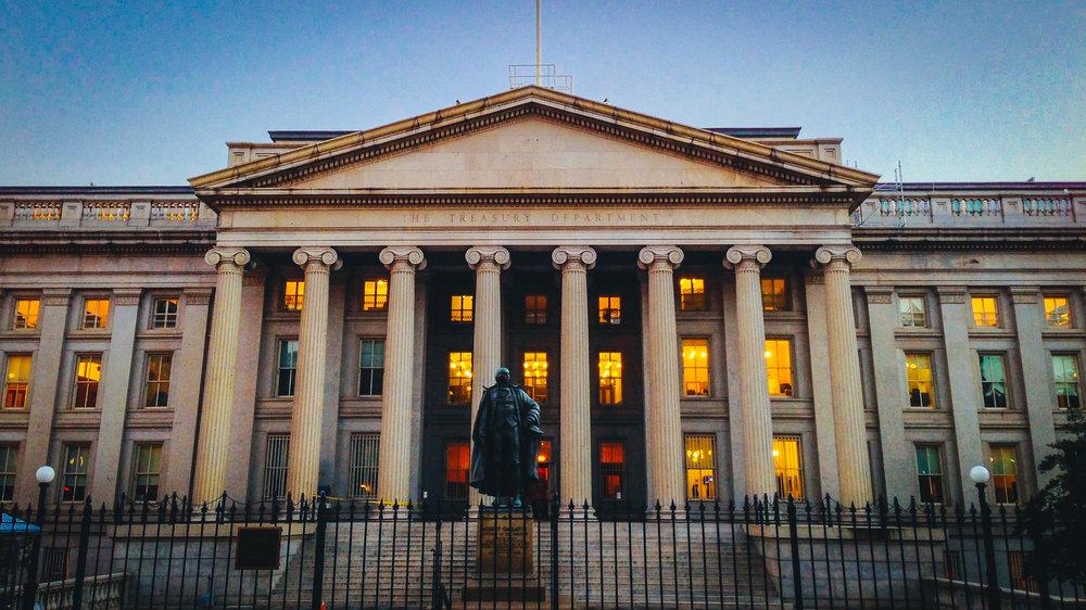 Fotografía de la sede del Departamento del Tesoro de EEUU en Washington.