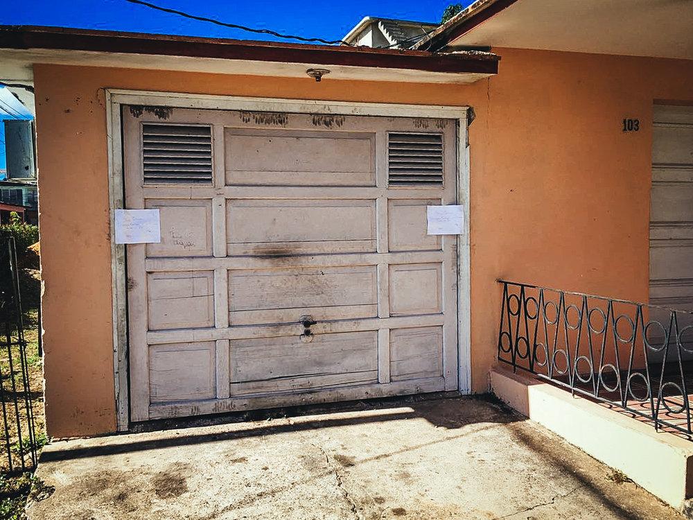 Fotografía del domicilio de Karina Gálvez después del operativo del Minint. FOTO CONVIVENCIA