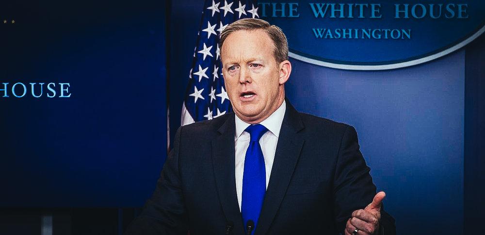 El portavoz de la Casa Blanca, Sean Spicer, durante una rueda de prensa en la Sala de Conferencias James Brady de la Casa Blanca en Washington, Estados Unidos, hoy 3 de febrero de 2017.