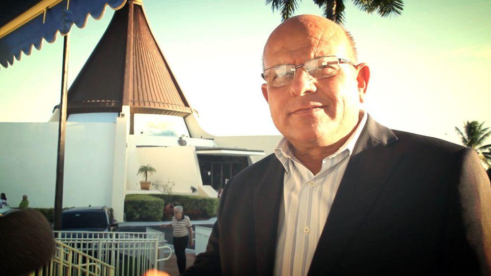 """DAGOBERTO VALDÉS DURANTE LA ENTREVISTA CON """"VOCES DE CUBA"""" EN LA ERMITA DE LA CARIDAD"""