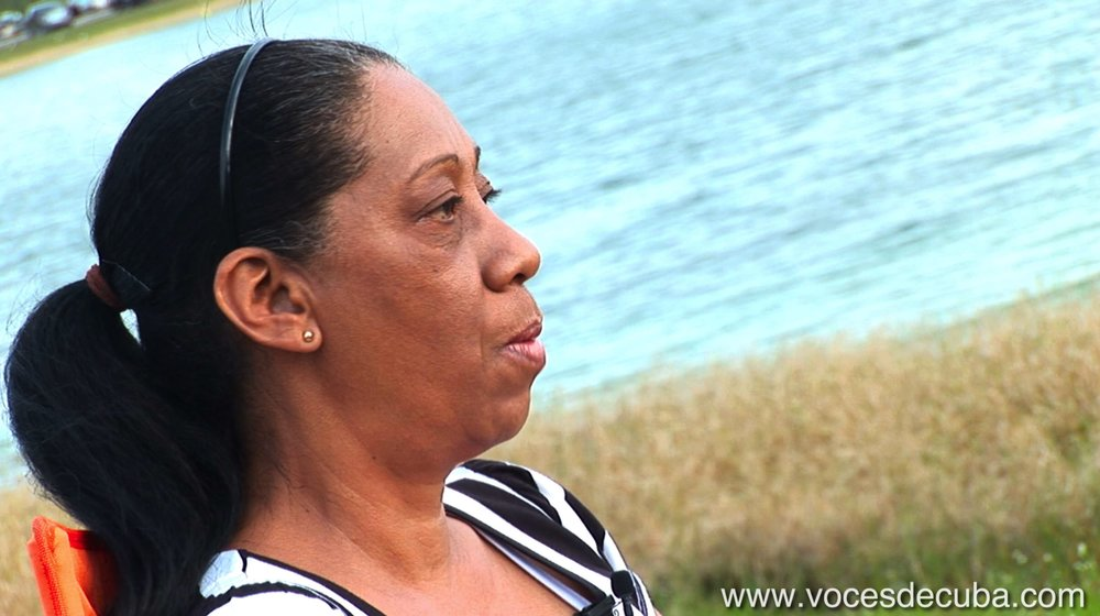 """Imágenes del rodaje de """"Voces de Cuba"""" con Bertha Antúnez"""