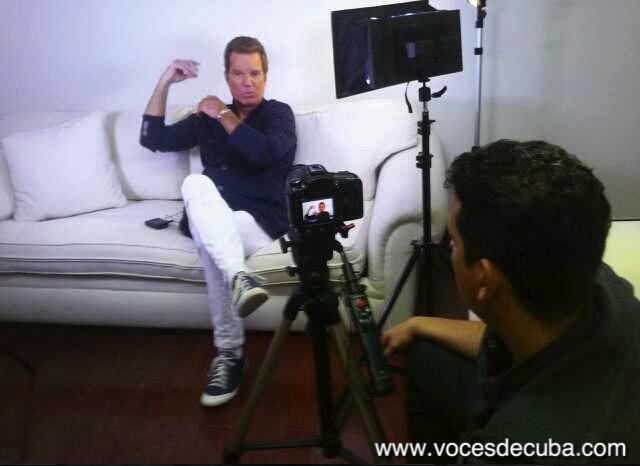 """Willy Chirino durante la entrevista con """"Voces de Cuba"""""""