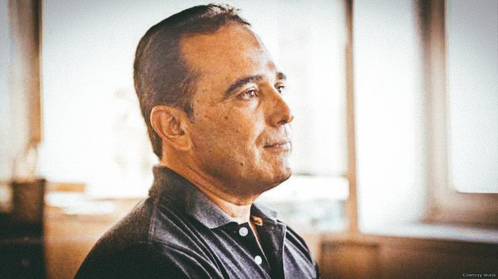 Dr. Eduardo Cardet.