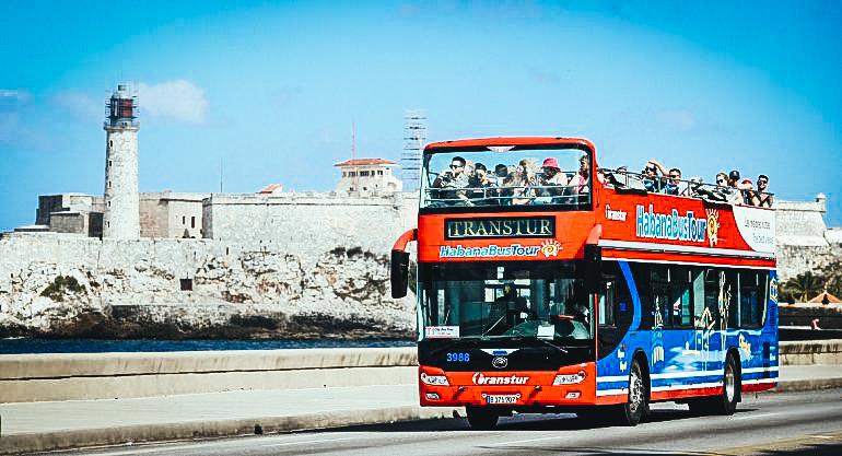 Francia es uno de los principales emisores de turistas a la isla y en los últimos años es uno de los miembros de la Unión Europea que se ha posicionado con fuerza en Cuba.EFE
