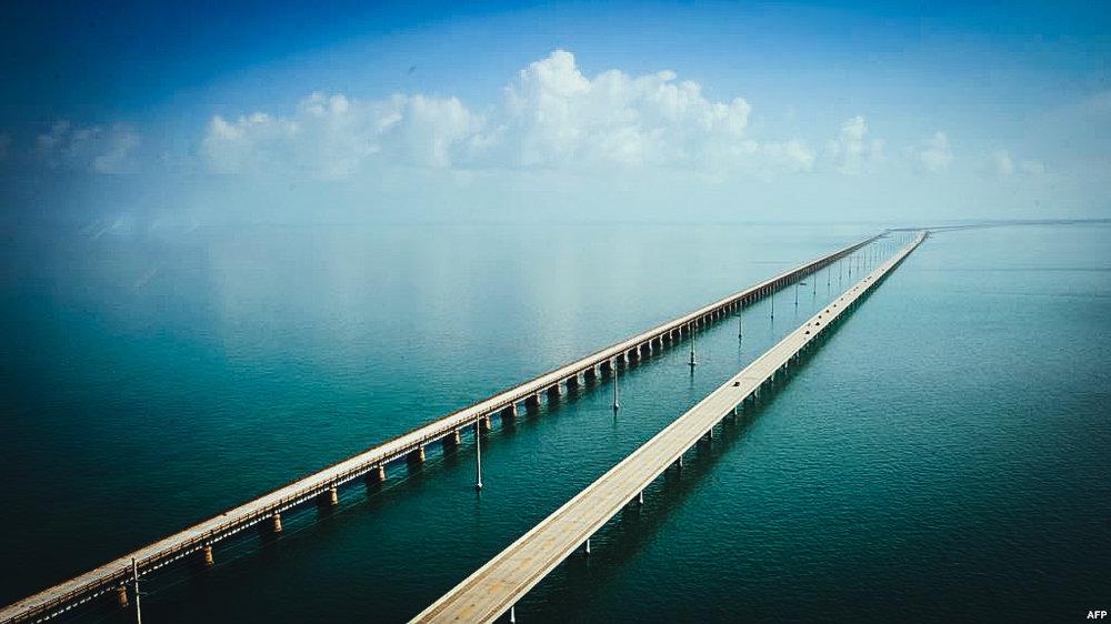El Puente de las Siete Millas en los Cayos de Florida.