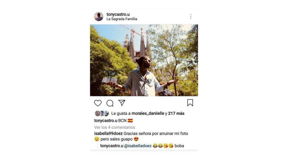 Tony Castro en la Sagrada Familia en Barcelona. Instagram.