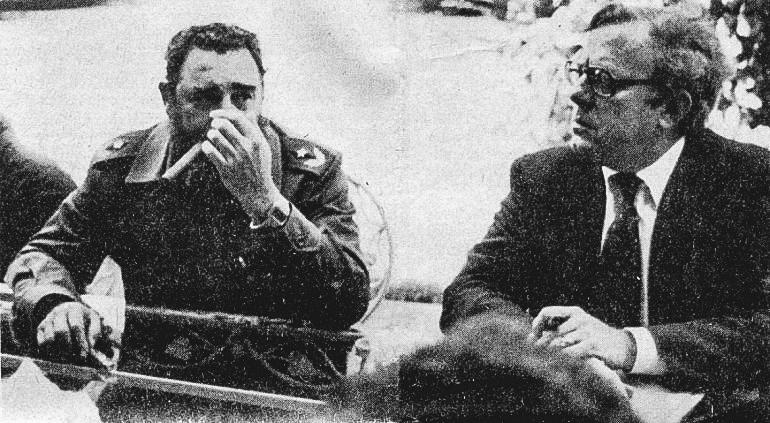 Fidel Castro y el banquero judío-cubano Bernardo Benes, en octubre de 1978.