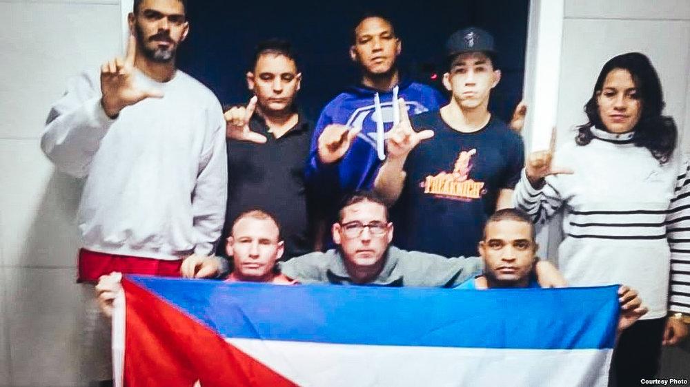 Cubanos en huelga de hambre en Gran Caimán