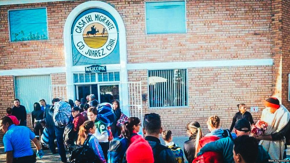 Migrantes extranjeros buscan hospedaje en Casa del Migrante