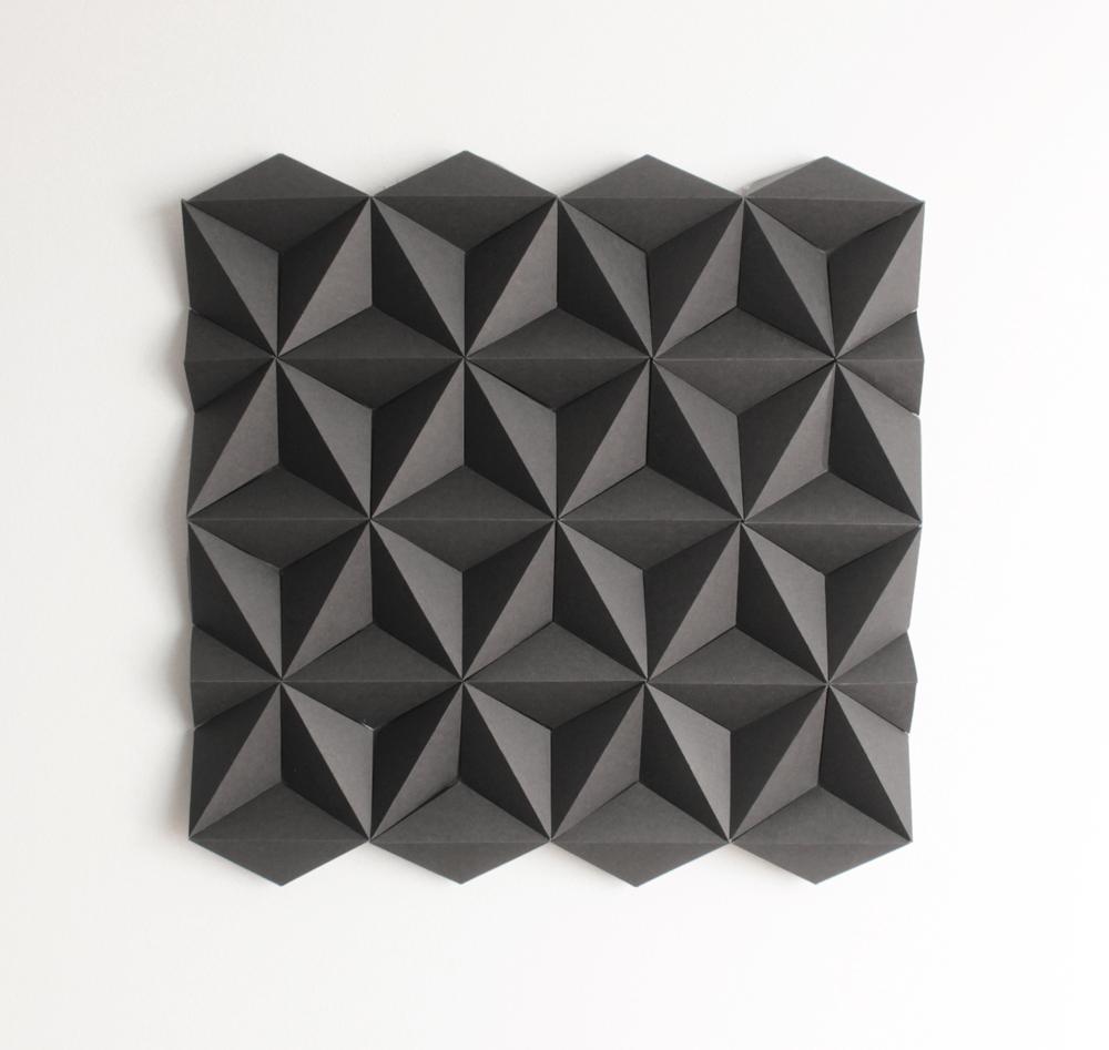 01 Black 40x40_web.jpg