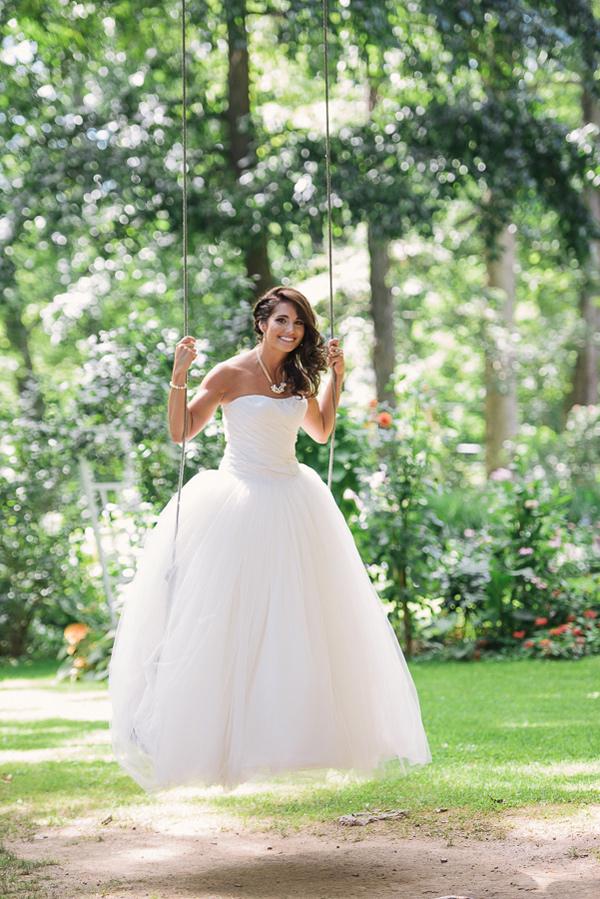 farmhouse-fete-wedding-inspiration-by-kimberly-brooke-30.jpg