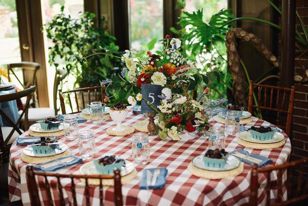 farmhouse-fete-wedding-inspiration-by-kimberly-brooke-58.jpg