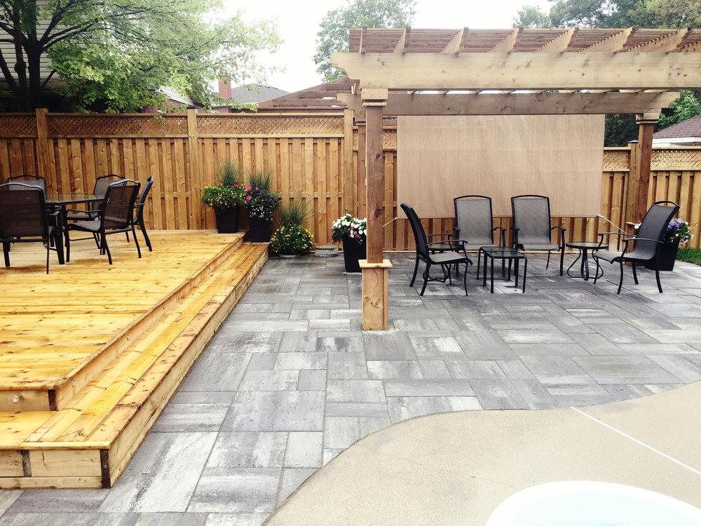 london-ontario-best-landscaper-backyard-patio-14.jpg