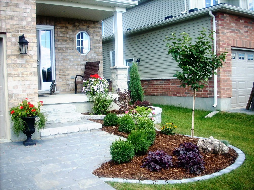 london-ontario-best-landscaper-garden-backyard-patio-01.jpeg