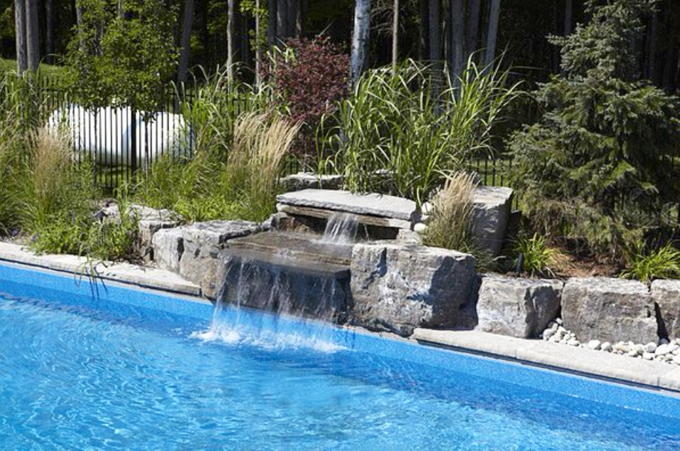 london-ontario-landscaper-pool-pond-design-garden-company-hunter-home-garden-06.png