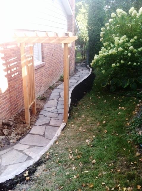 london-ontario-driveway-stone-work-landscaper-walls-02.jpeg