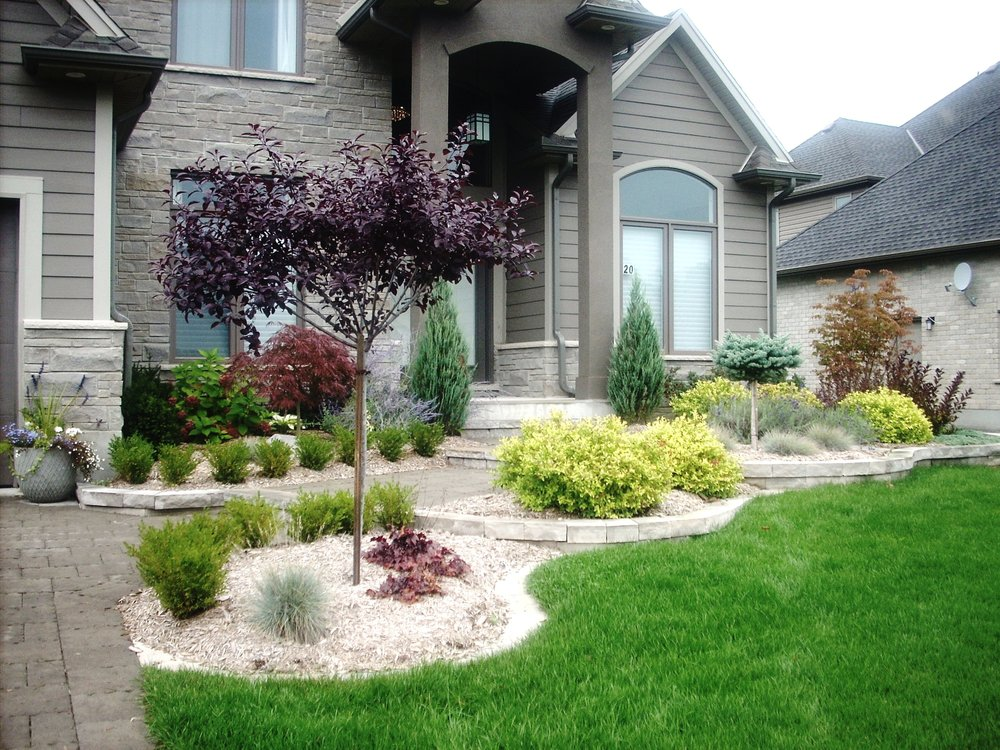 london-ontario-best-landscaper-garden-backyard-patio-02.jpeg