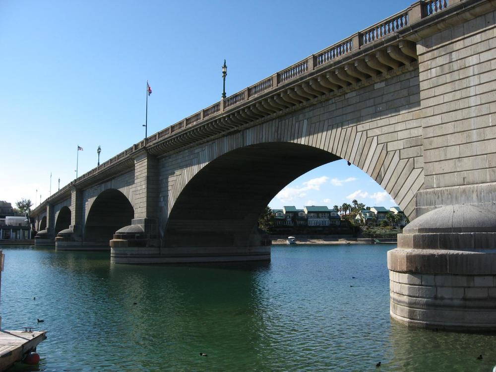 London Bridge, Lake Havasu City, Arizona, Photo Ken Lund from Las Vegas, Nevada, USA