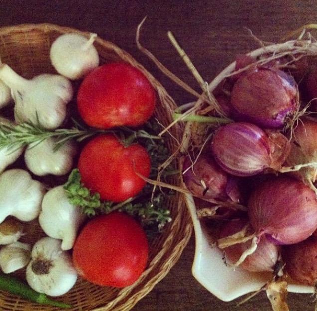 Garlic, tomatoes, onions.jpg