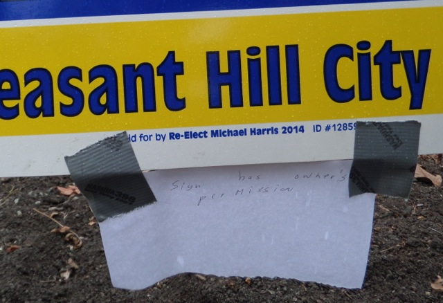 Harris Close-Up Illegal Sign Placement Molino's Property with note containing false statement (2014 campaign).jpg