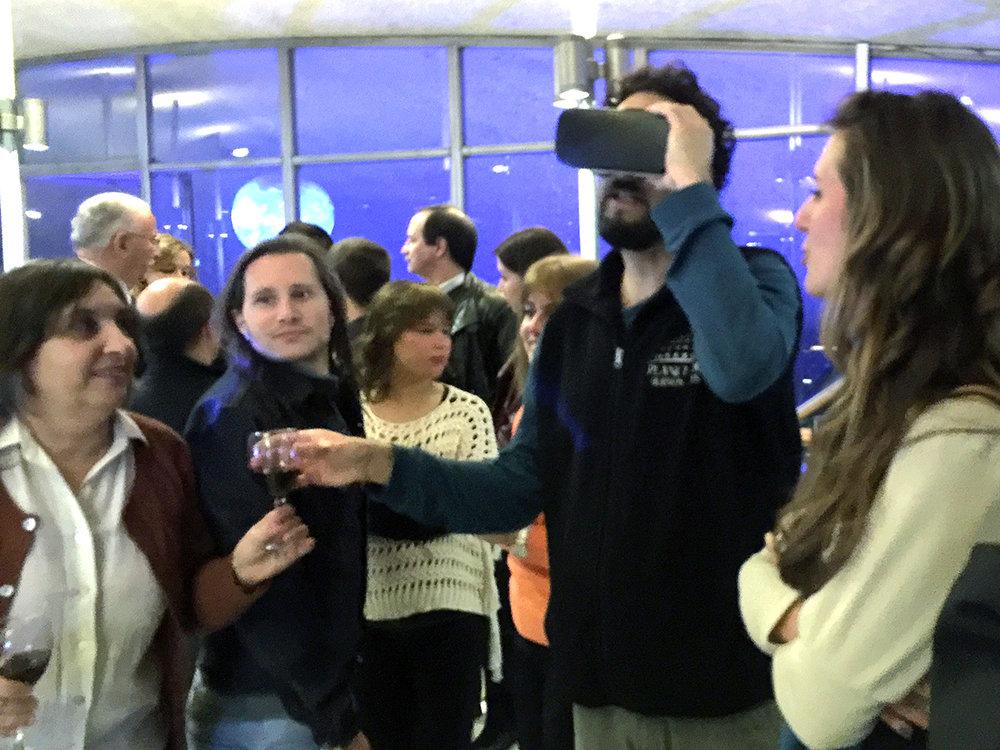 LLevamos algo de VR y todos pudieron disfrutarlo un rato.