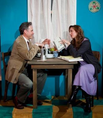 Kevin Pariseau (Farfel), Meredith Inglesby (Victoria)