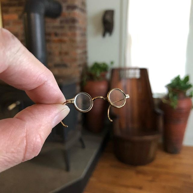 SOLD. A rather fruitless day of buying. Except for these miniature spectacles! $34 shipped in the US. #miniature #glasses #tiny #vintage #minute #itsybitsy #doll #dolls #fleamarketfind #smalls