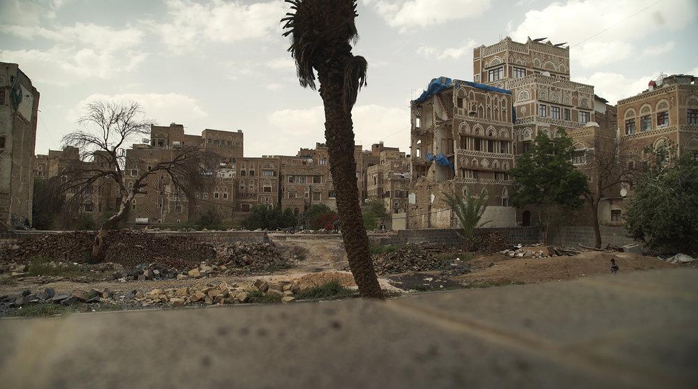 MEMENTO_YEMEN-7_S-ROSSI_La vieille ville de Sanaa, sous le contrôle des rebelles, a globalement été épargnée par la guerre.jpg