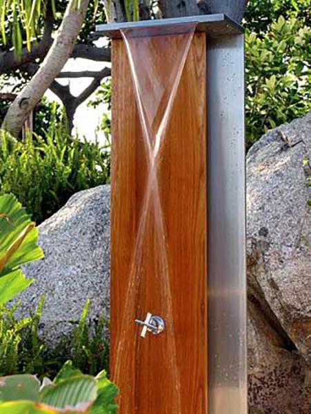 outdoor shower 1.jpg