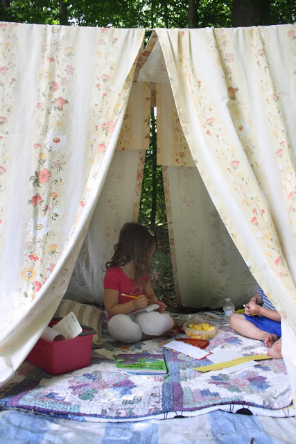 Building a fort and doing homework in it can be a nice, fun change to how your kids do their homework. Switching things up is a great thing!  (littlebitfunky.com)