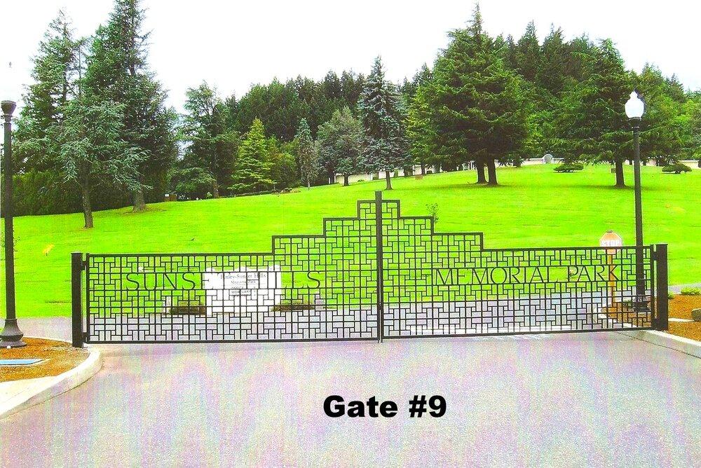 over 30 feet dual swing heavy weight steel gate