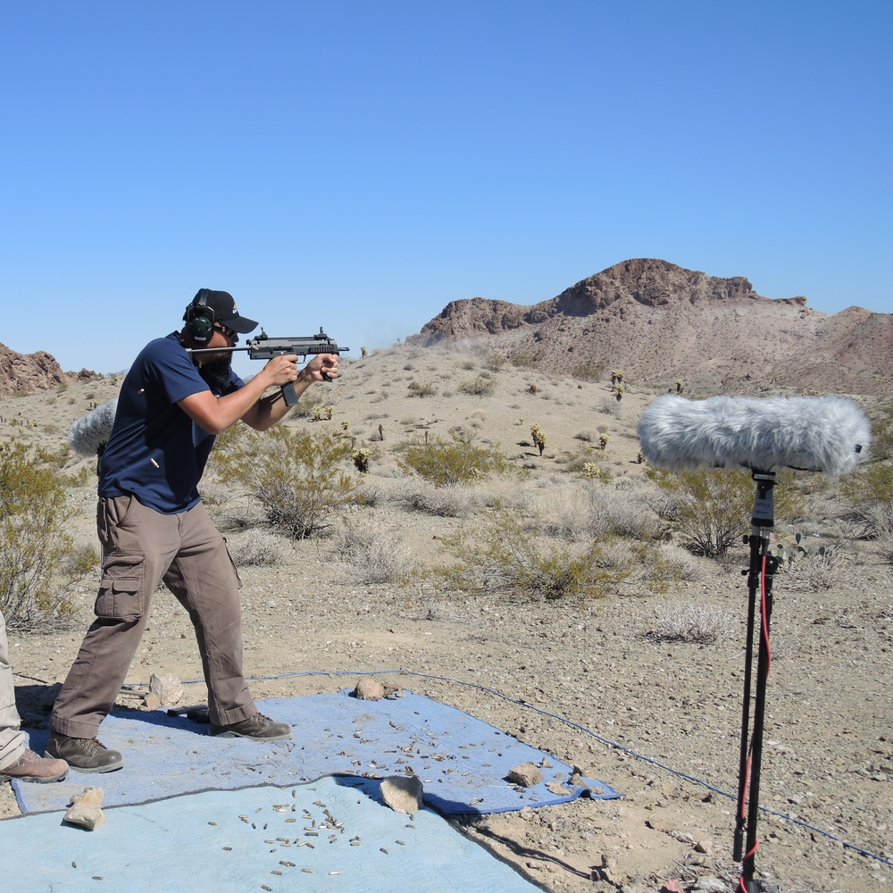 Recording & shooting an MP7 submachine gun