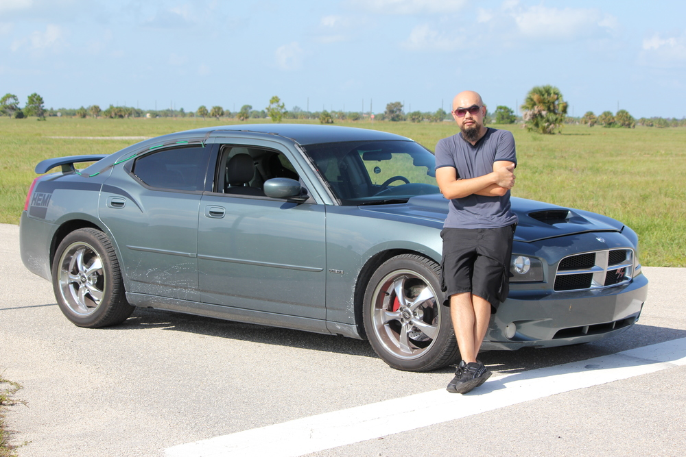 Me field recording an Awesome Sounding and Fast Dodge Charger. This modified v8 beast has nitros!!
