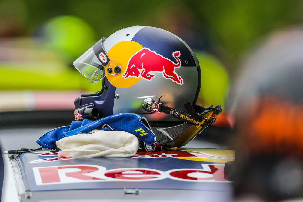9D5A5589 Helmet.jpg