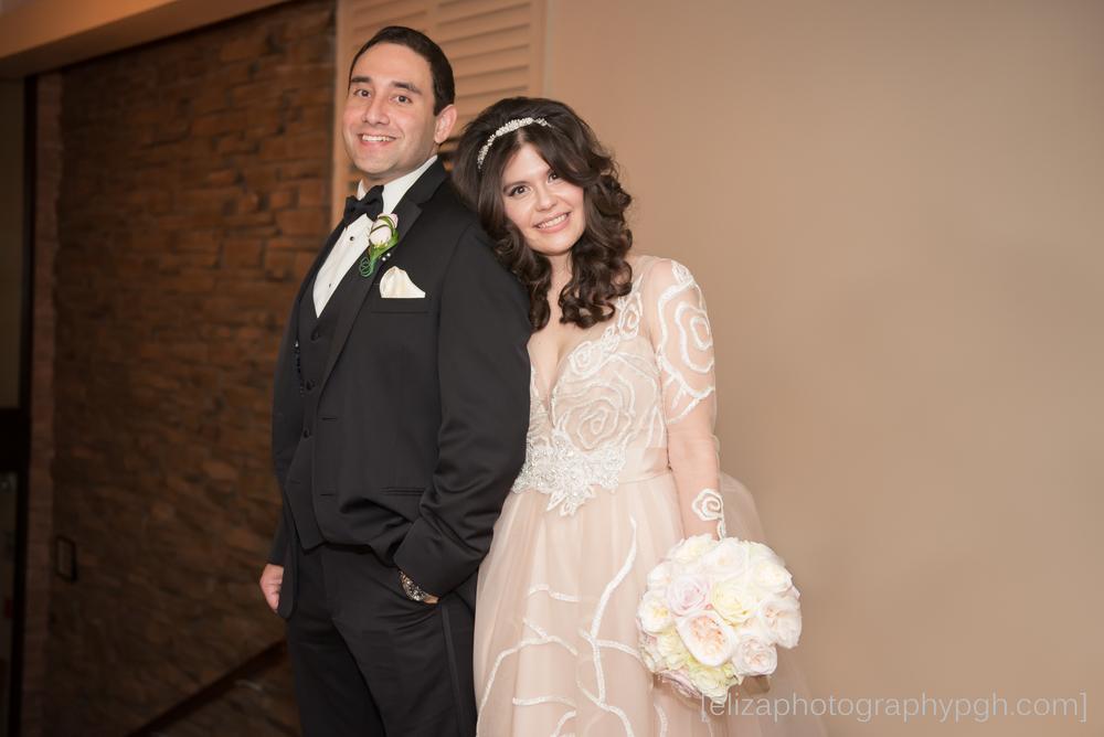 www.elizaphotographypgh.com_nmwedding.jpg