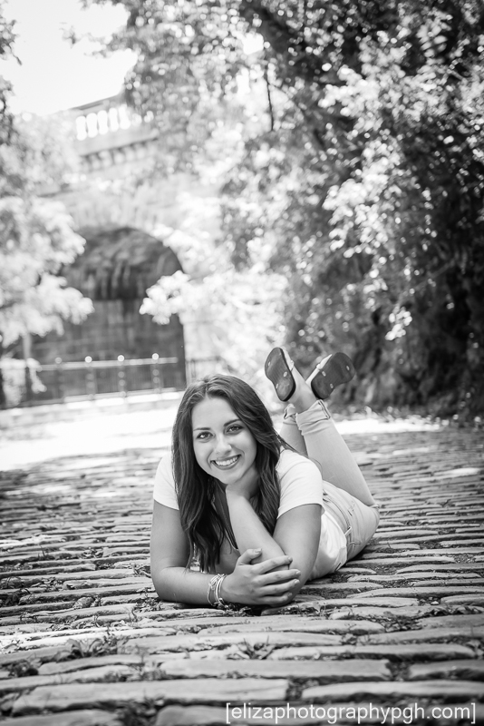Senior Pictures : Pittsburgh : www.elizaphotographypgh.com