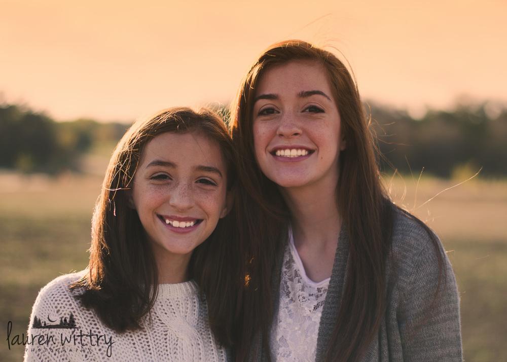 2014 Munoz Girls-8.jpg