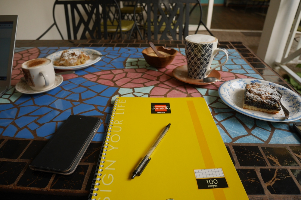 notebook-work-cafe-space