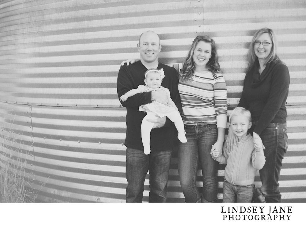family028.jpg