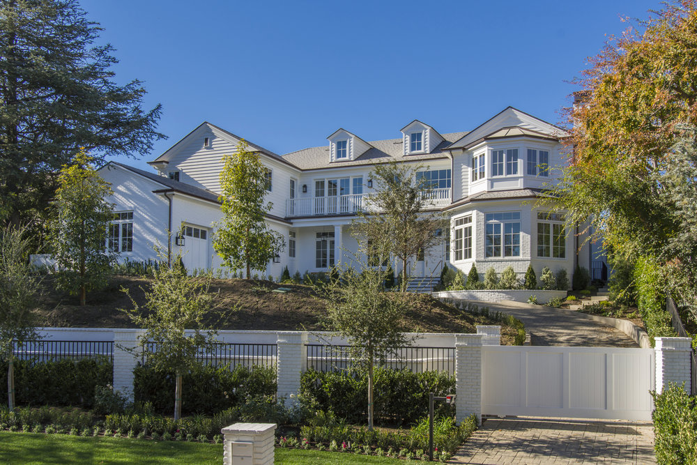 SOLD |   221 S CLIFFWOOD AVE                                              VIEW→     Offered at $16,495,000