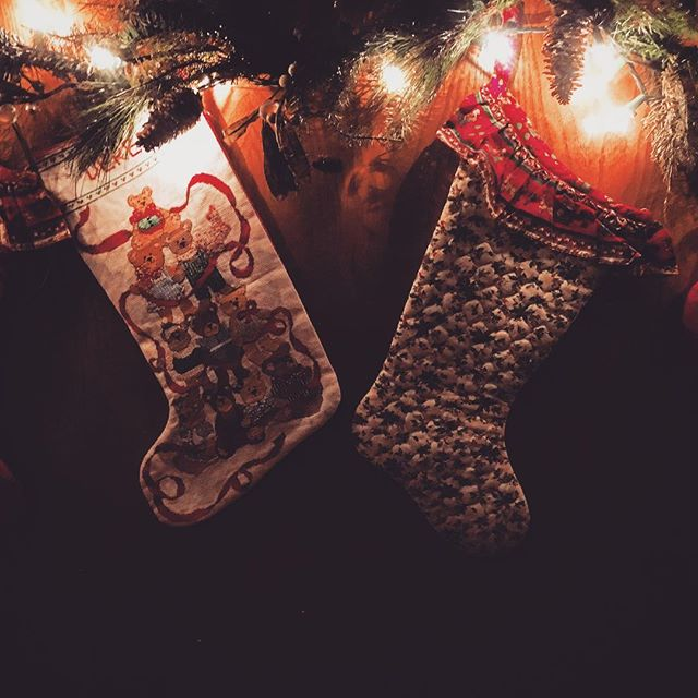 home is where your stocking are hung. #welcomehome #comehome #cominghome #thisishome #hung #stockings #socks #stocking #home #homecoming #homesweethome #homecoming #homefortheholidays #lights #lighting #lights #christmas #christmastime #christmaslights #light #wreath #bears #night #nightlights #shadow #shadows