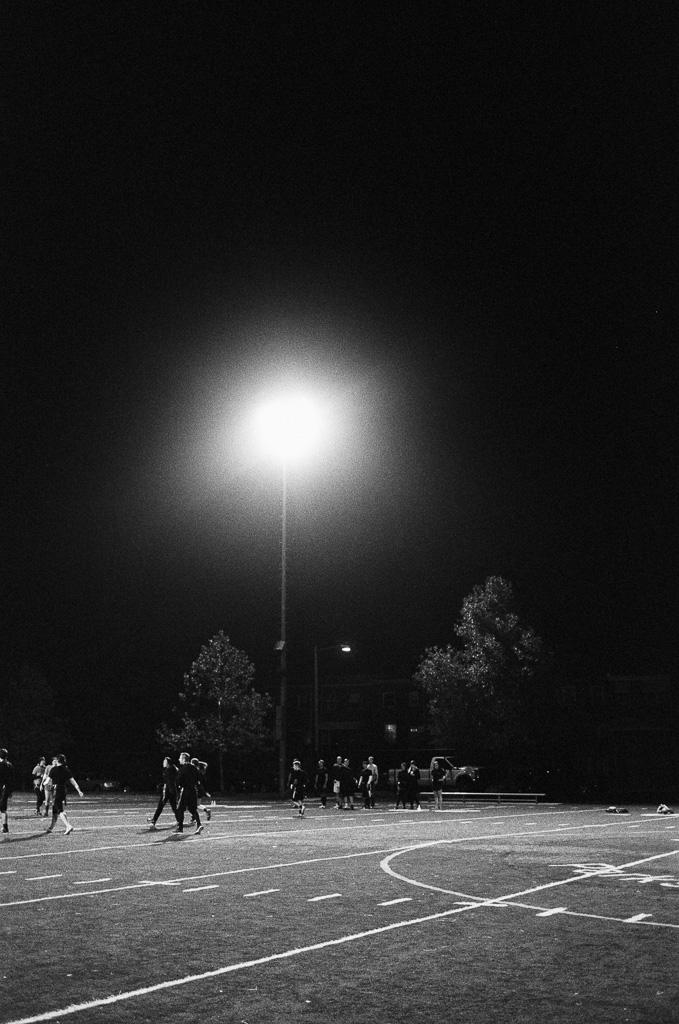 fridaynightlights-daphnetan6