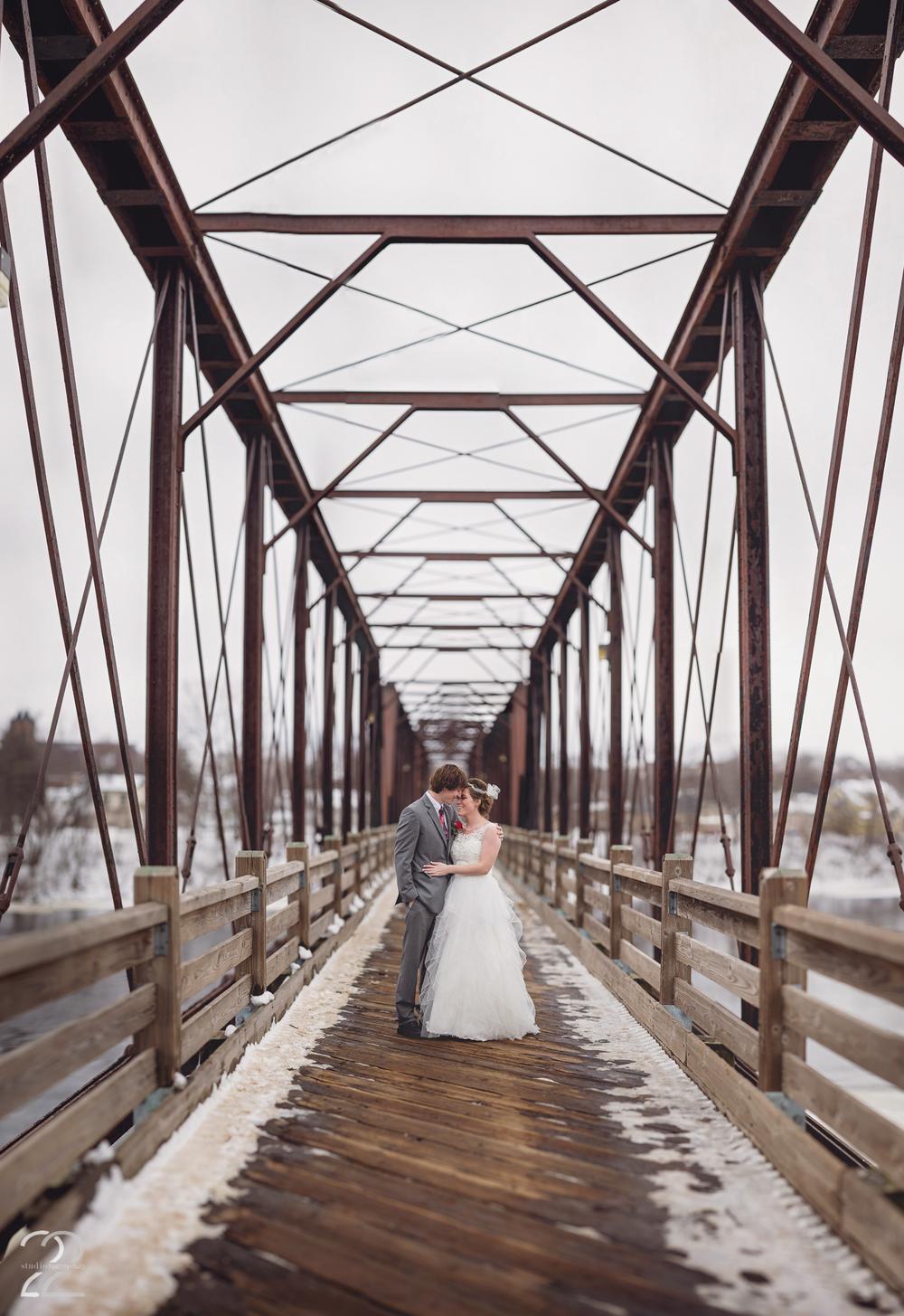 Brenizer Method Wedding Photo