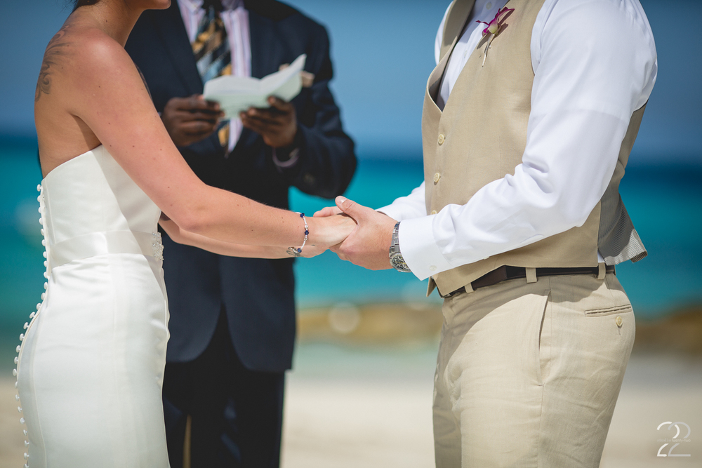 Best Nassau Wedding Photographer