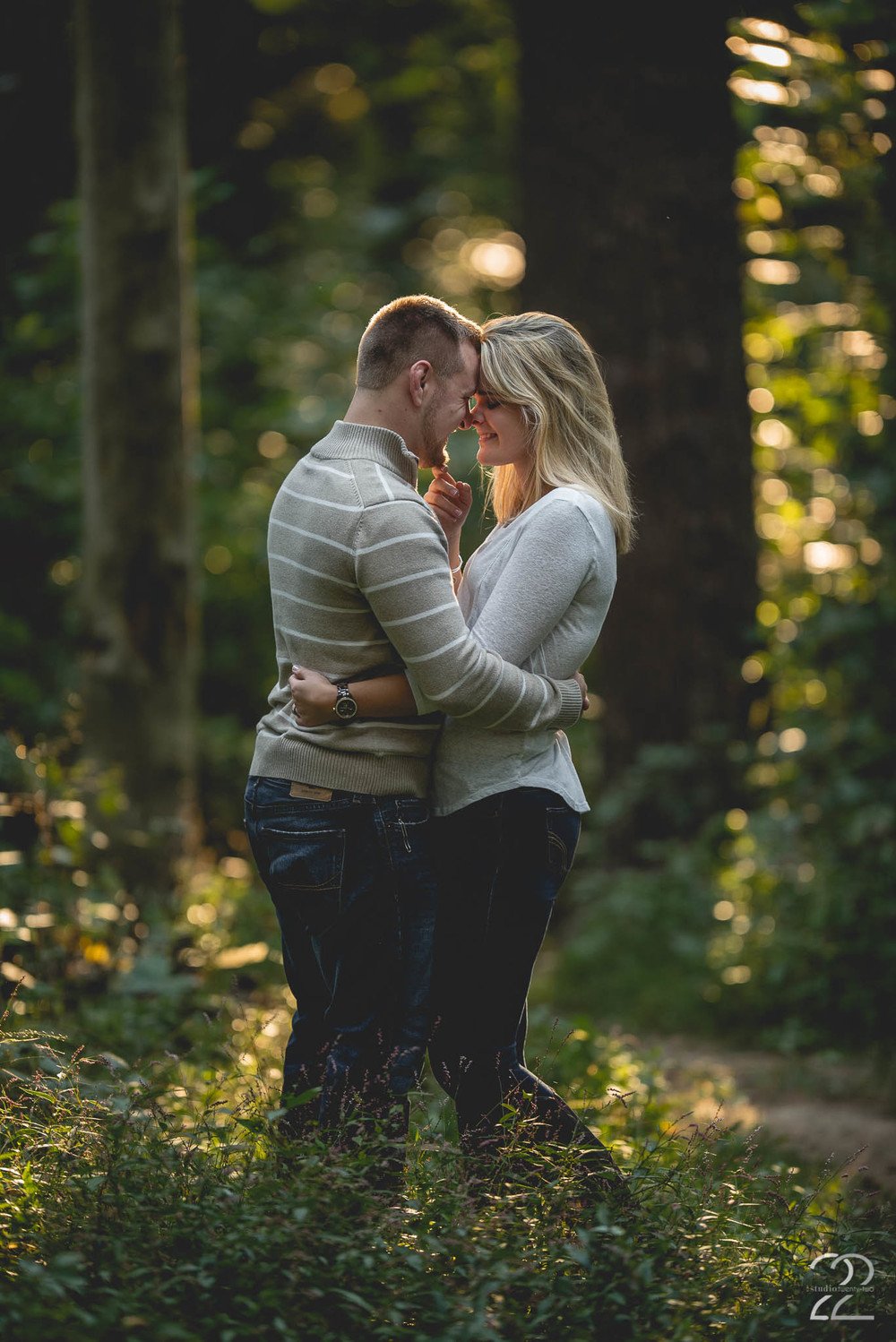 Pacific Northwest Engagement Photographer