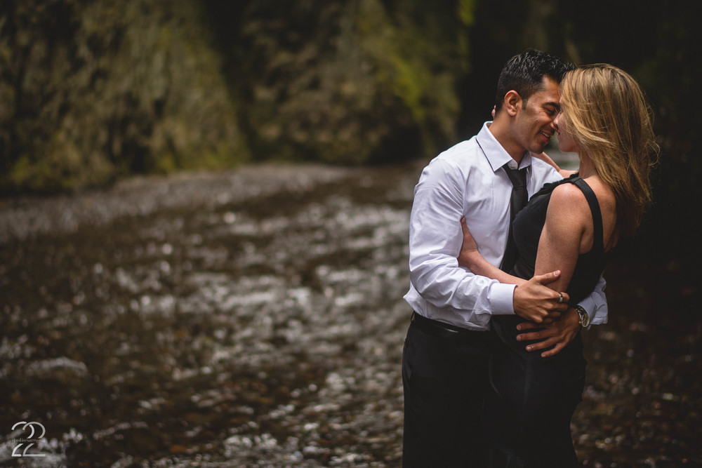Oneonta Gorge Engagement | Portland Wedding Photographers