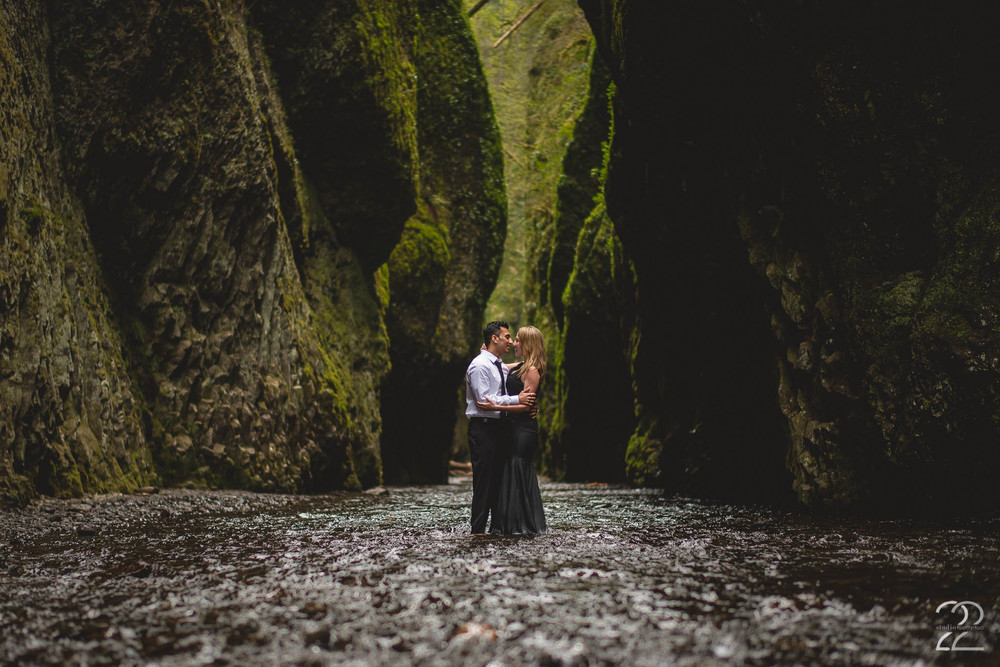 Oneonta Gorge Wedding | Portland Wedding Photographers | Portland Engagement Photography